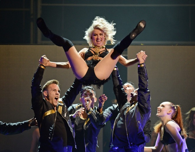 Julianne Hough: Performing at MOVE Live on Tour -16