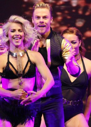 Julianne Hough: Performing at MOVE Live on Tour -18