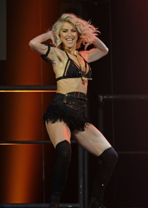 Julianne Hough: Performing at MOVE Live on Tour -19