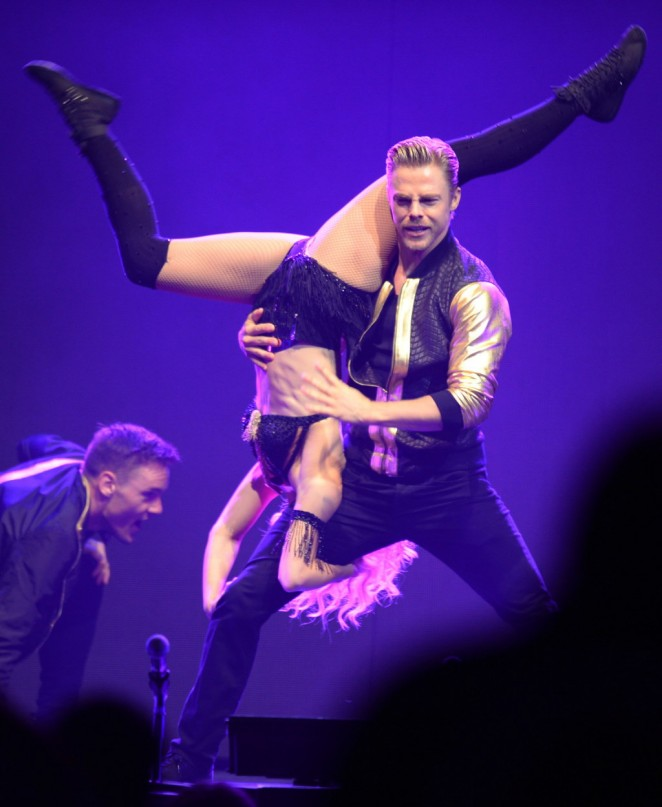 Julianne Hough: Performing at MOVE Live on Tour -20