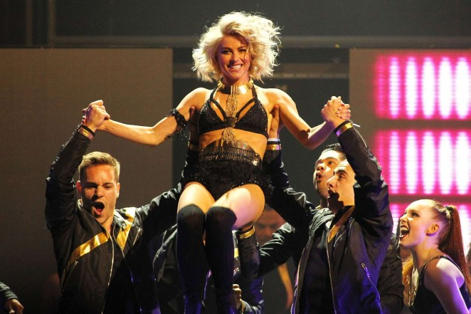 Julianne Hough: Performing at MOVE Live on Tour -22