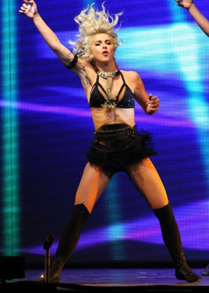 Julianne Hough: Performing at MOVE Live on Tour -27