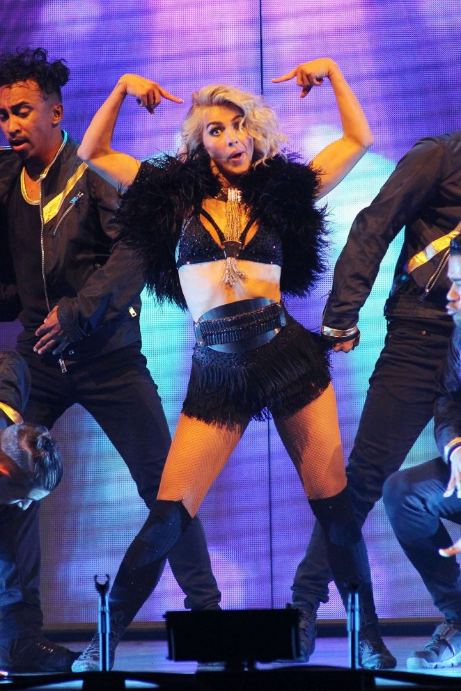 Julianne Hough: Performing at MOVE Live on Tour -30