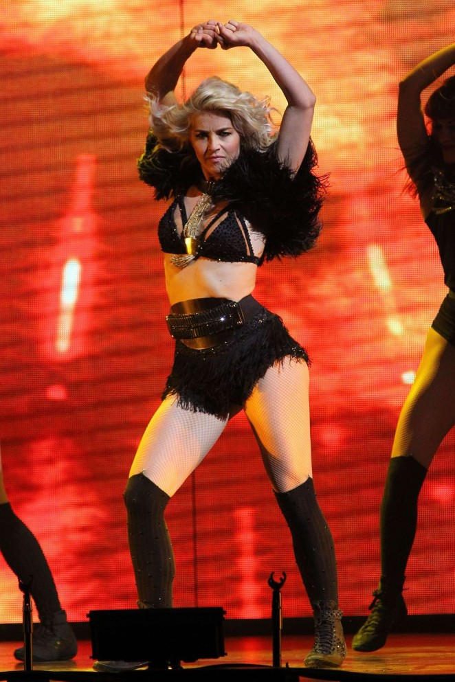 Julianne Hough: Performing at MOVE Live on Tour -33