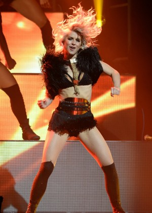 Julianne Hough: Performing at MOVE Live on Tour -38