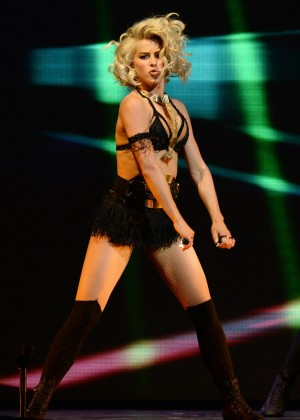 Julianne Hough: Performing at MOVE Live on Tour -42