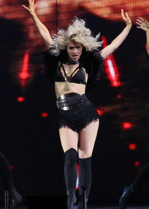 Julianne Hough: Performing at MOVE Live on Tour -49