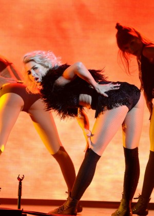 Julianne Hough: Performing at MOVE Live on Tour -51