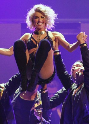 Julianne Hough: Performing at MOVE Live on Tour -52