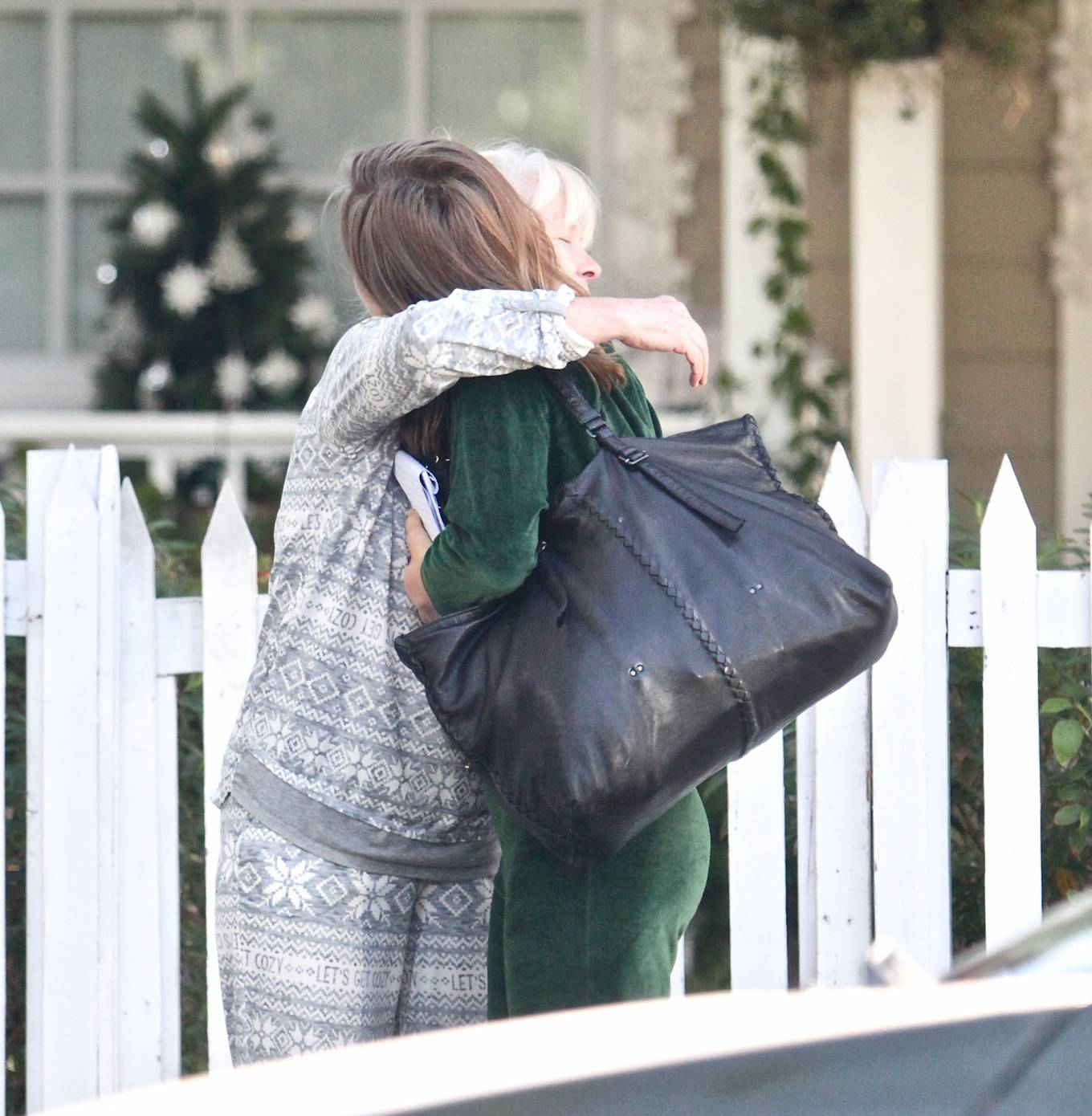 Julianne Hough 2020 : Julianne Hough – Seen leaving her mothers house in Studio City -16