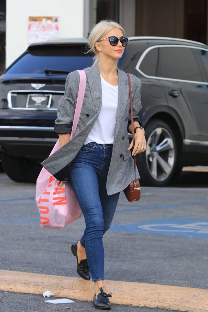 Julianne Hough – Shopping at Urban Outfitters in Studio City