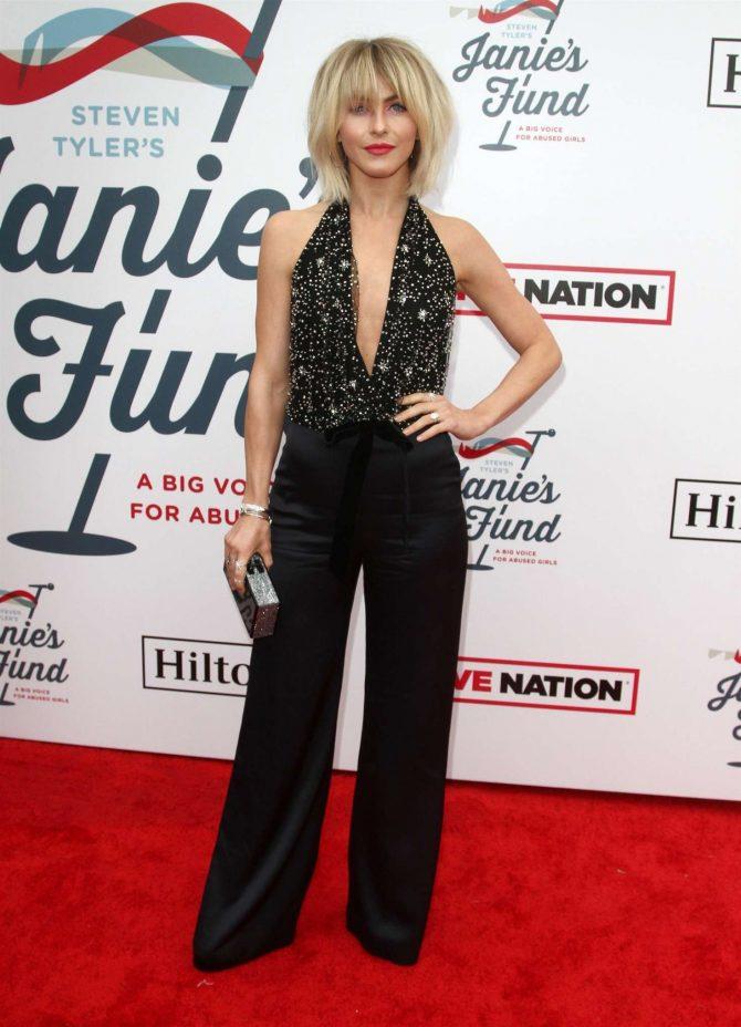 Julianne Hough 2019 : Julianne Hough: Steven Tylers Grammy Awards Party -01