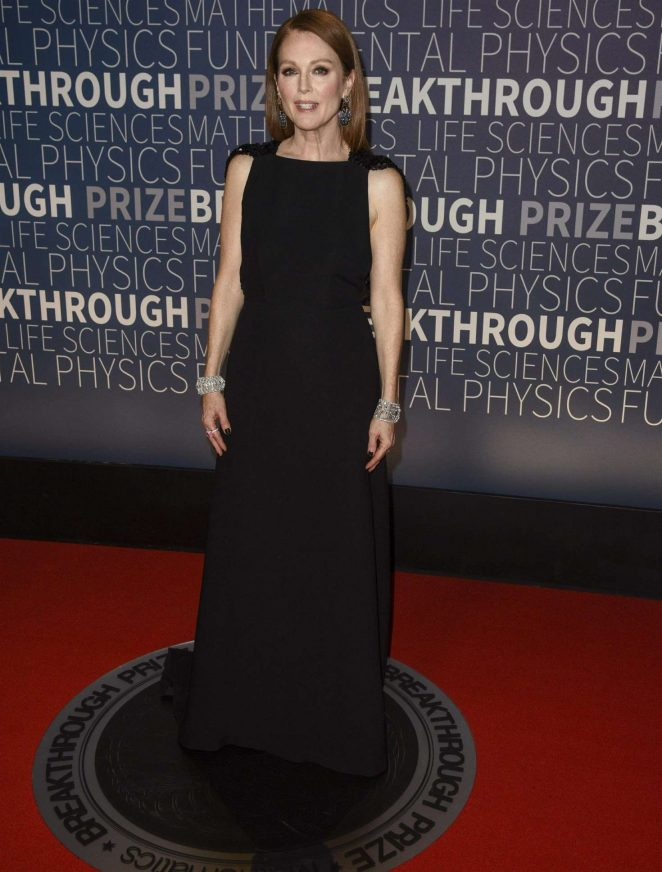 Julianne Moore – 2019 Breakthrough Prize in Mountain View