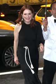 Julianne Moore - Arrives at 2019 Variety's Power of Women in NYC