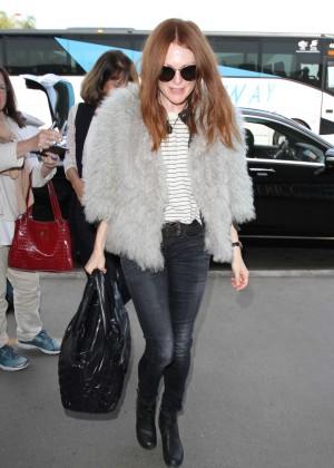 Julianne Moore at Los Angeles International Airport