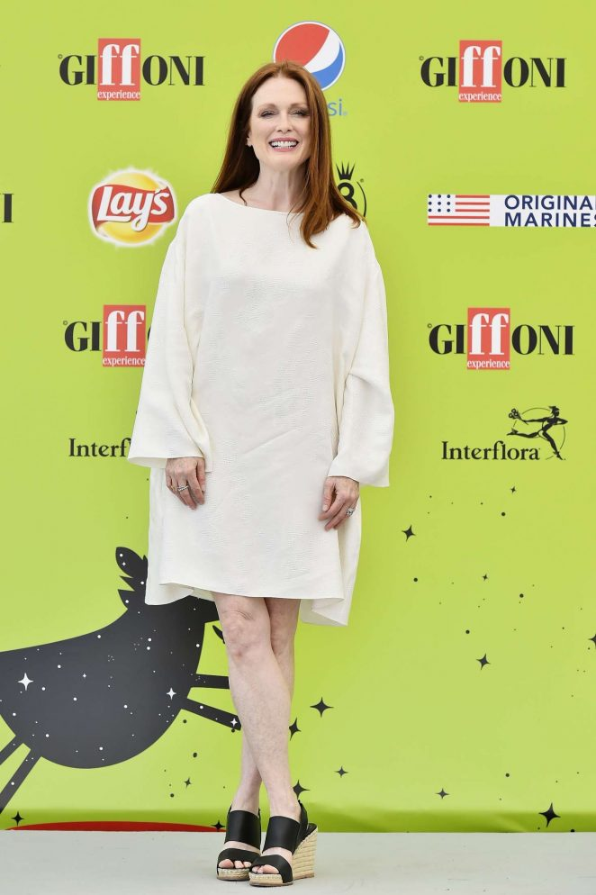 Julianne Moore at the Giffoni Film Festival 2017 -02