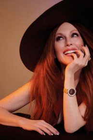 Julianne Moore - L'Officiel magazine (Italia - February 2020)