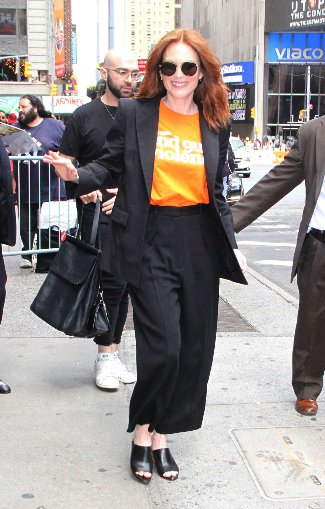 Julianne Moore - Out in New York City