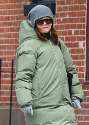 Julianne Moore - Out in New York