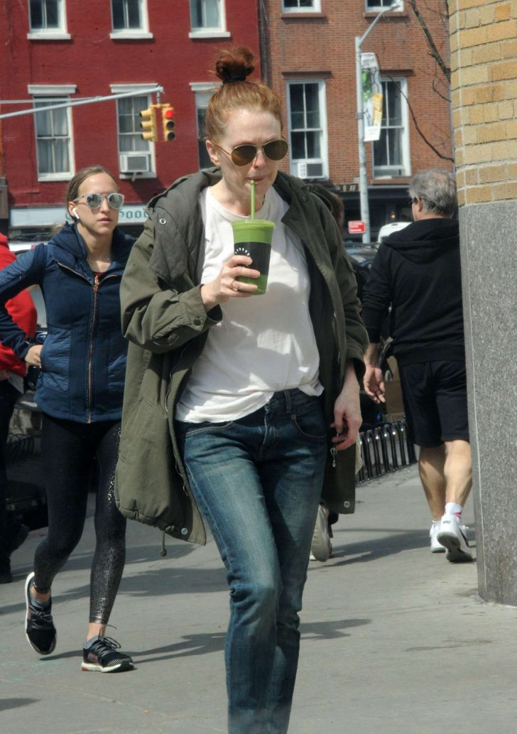 Julianne Moore Out In New York 10 Gotceleb