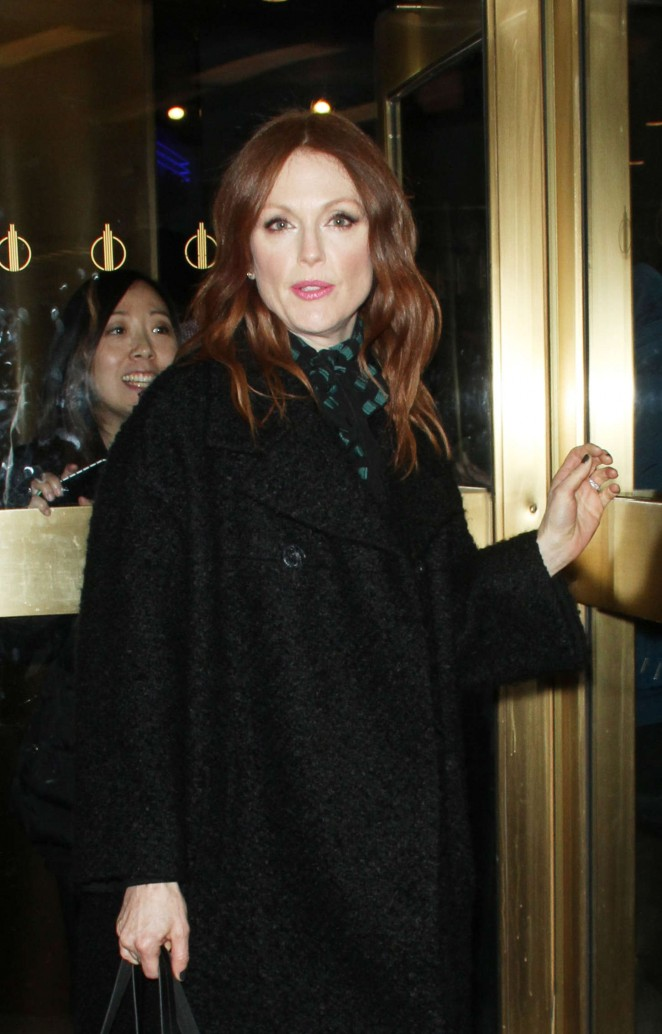 Julianne Moore - Out in NYC