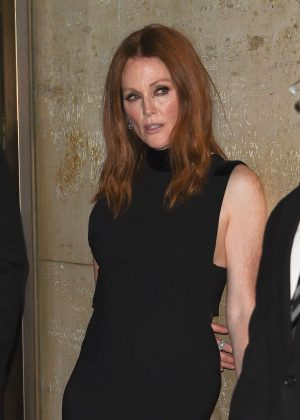 Julianne Moore - Tom Ford Fashion Show at New York Fashion Week in NY