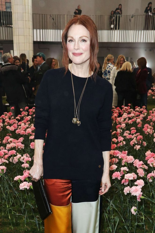 Julianne Moore - Tory Burch FW 2018 Fashion Show in NYC