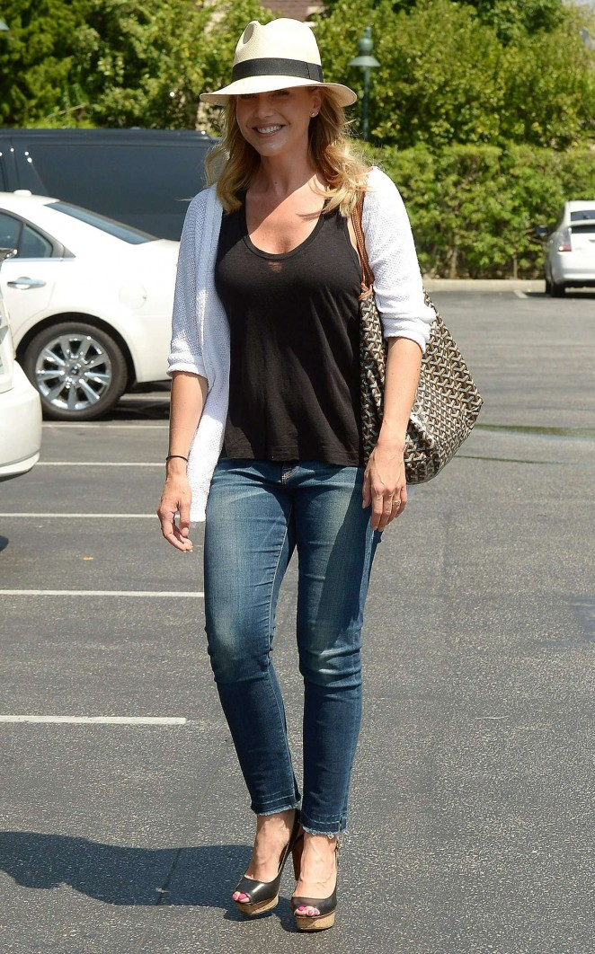 Julie Benz in Jeans at Bristol Farms in Beverly Hills