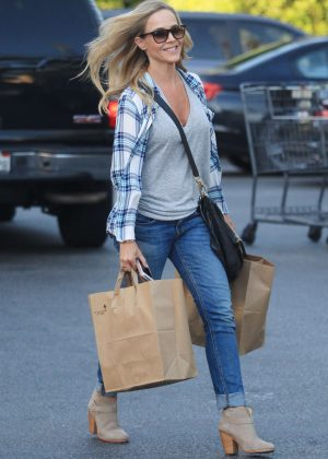 Julie Benz - Shopping at Bristol Farms in Beverly Hills