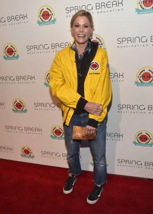 Julie Bowen - City Year Los Angeles Spring Break in LA