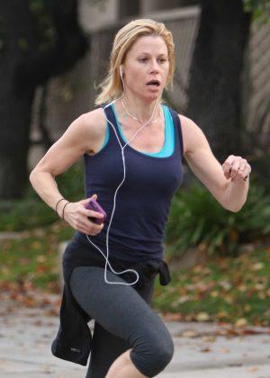 Julie Bowen in Tights jogging in Sherman Oaks
