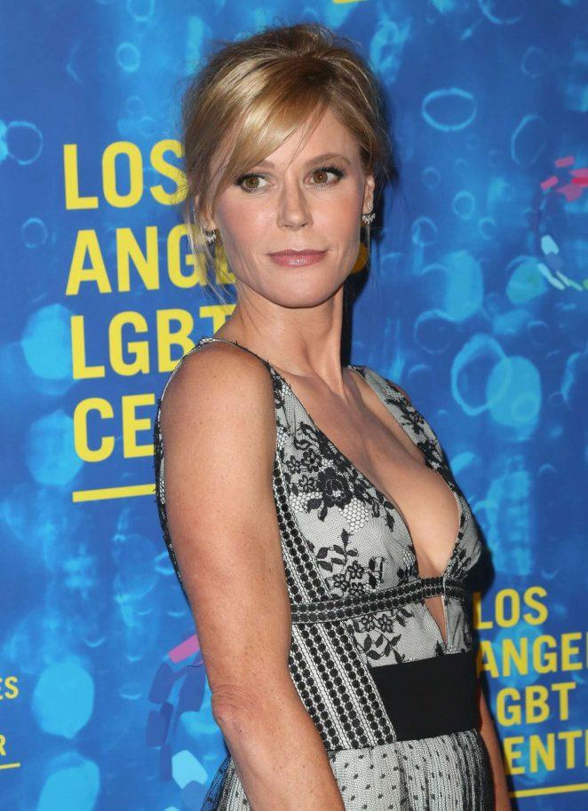 Julie Bowen: LGBT Centers 47th Anniversary Gala Vanguard Awards -08