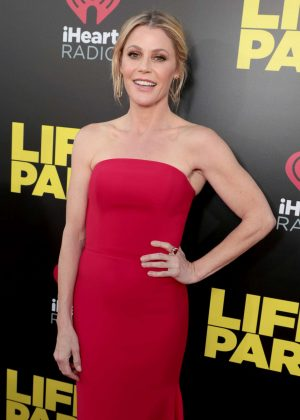Julie Bowen - 'Life of the Party' Premiere in Auburn