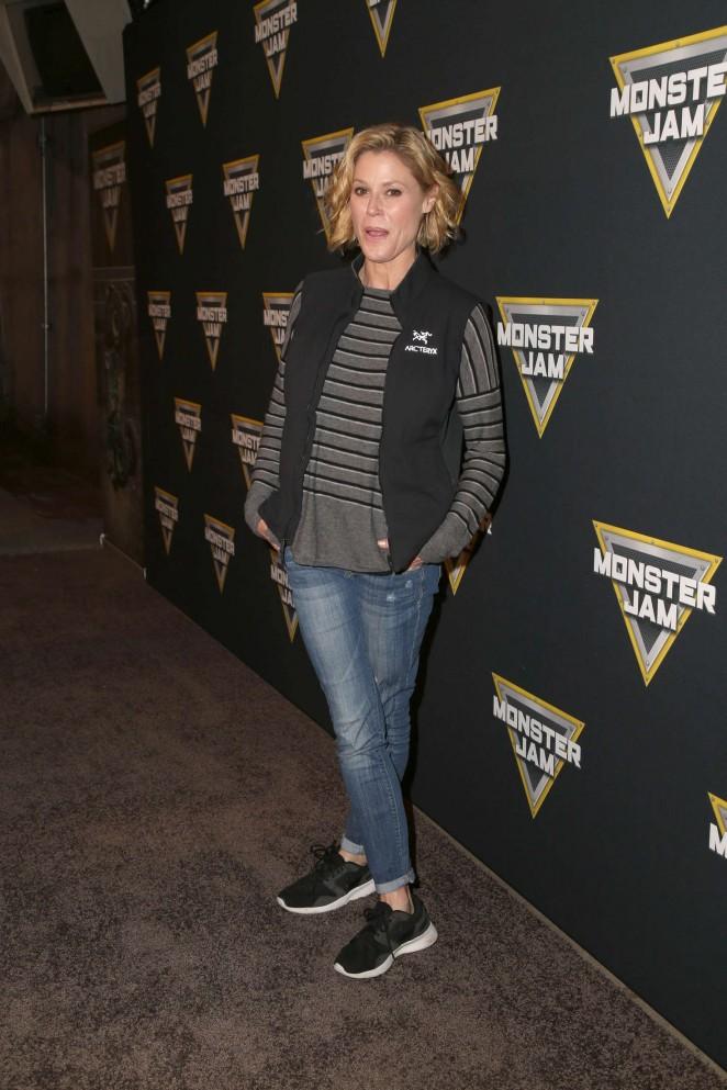 Julie Bowen: Monster Jam Celebrity Night -04