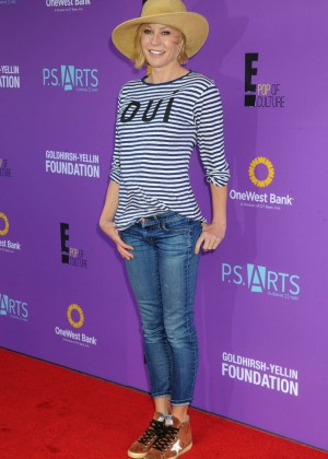 Julie Bowen - P.S. ARTS Presents Express Yourself 2015 in Santa Monica