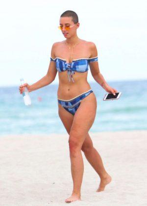 Julieanna Goddard In Pink Bikini Miami Beach Melonstube 1