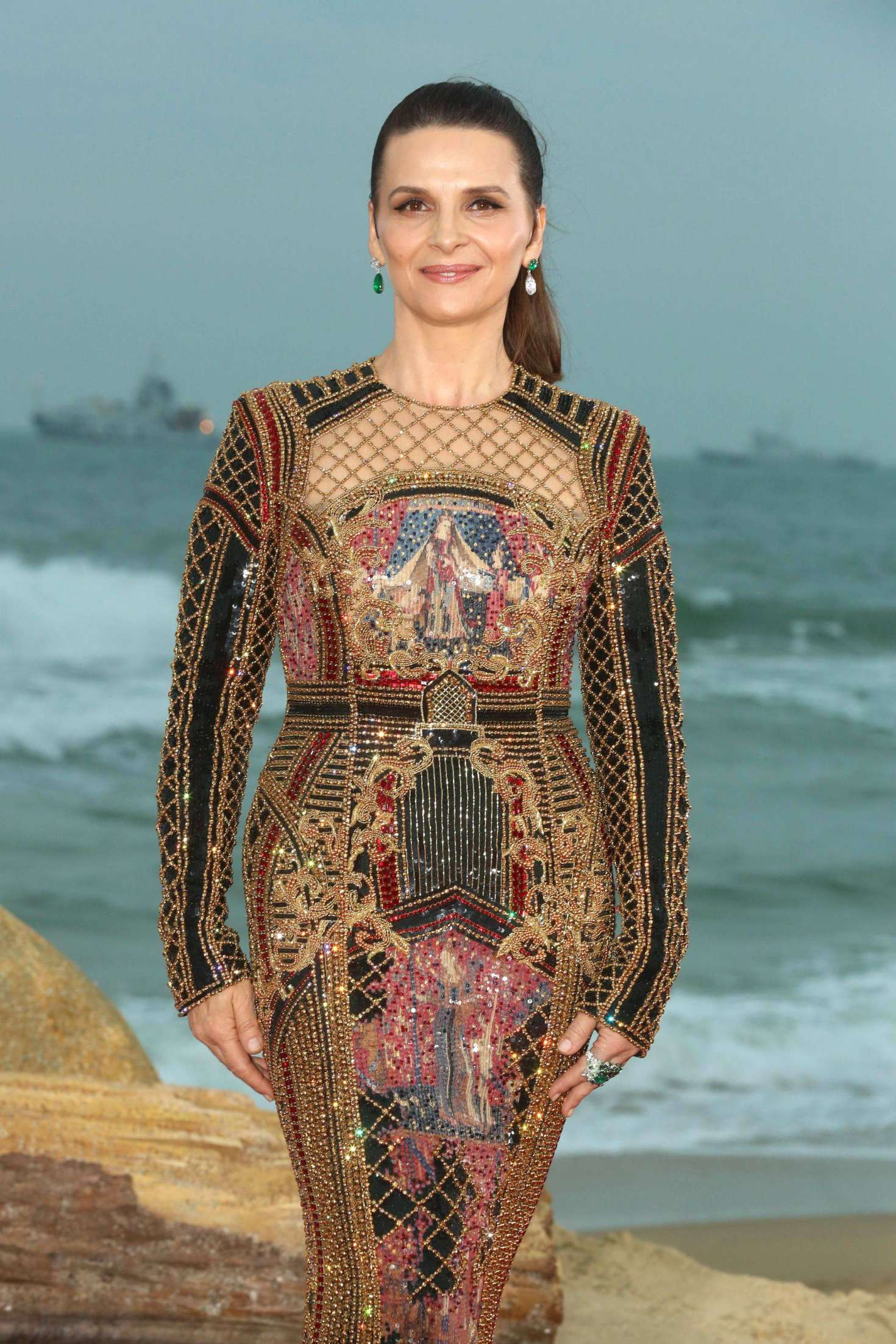 Juliette Binoche –  1st Hainan International Film Festival Closing Ceremony in Sanya