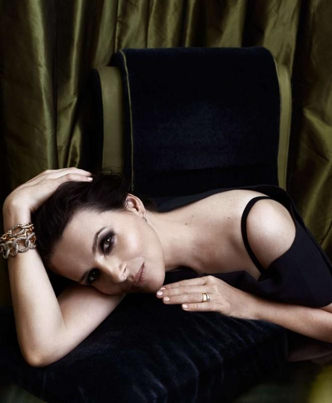 Zilijet Binos (Juliette Binoche) - Page 2 Juliette-Binoche:-Porter-Magazine-2015--01-662x802