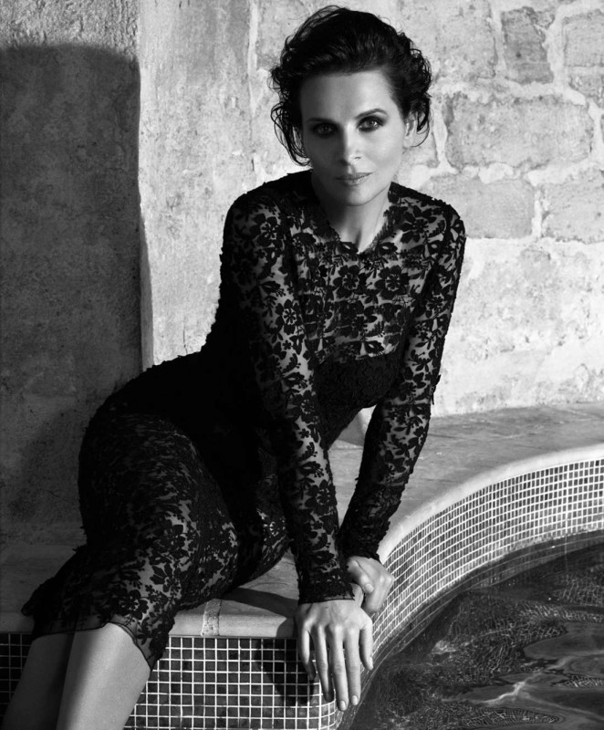 Zilijet Binos (Juliette Binoche) - Page 3 Juliette-Binoche:-Porter-Magazine-2015--03-662x800