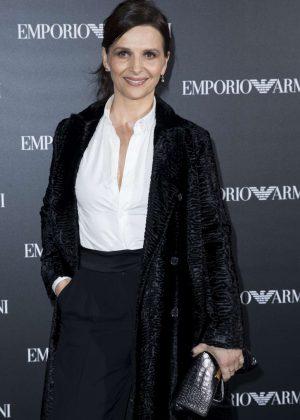 Juliette Binoche - Emporio Armani Show SS 2017 in Paris