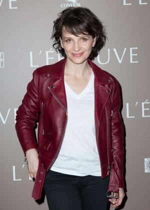 Juliette Binoche - 'L'Epreuve' Premiere in Paris