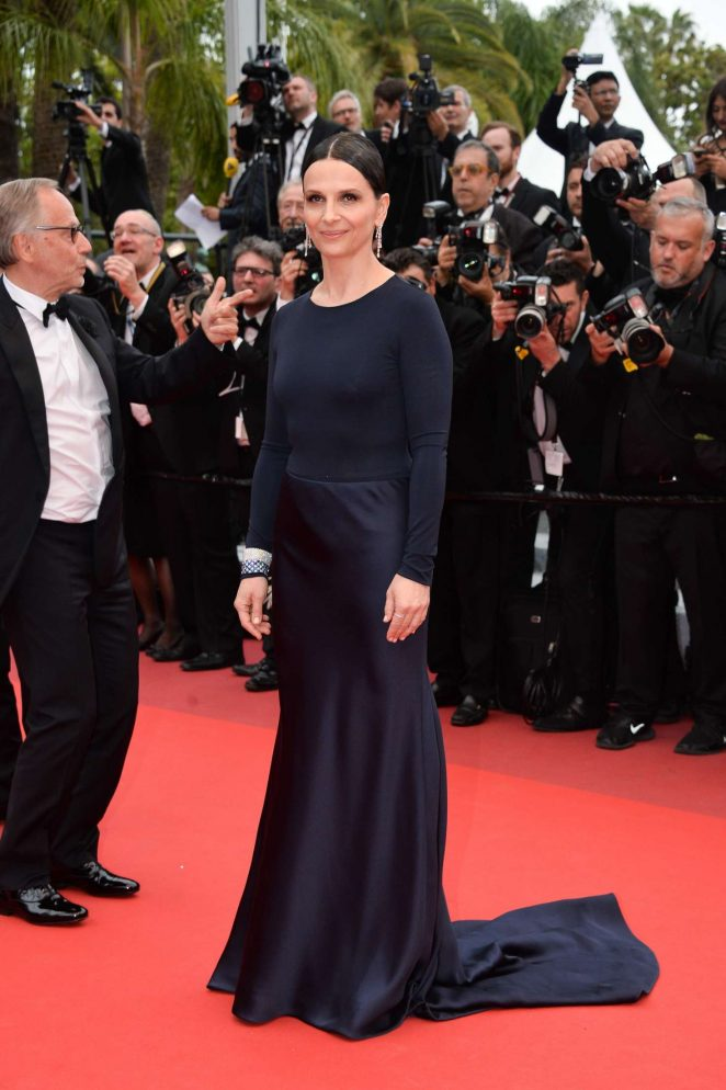 Juliette Binoche - 'Slack Bay' Premiere at 2016 Cannes Film Festival