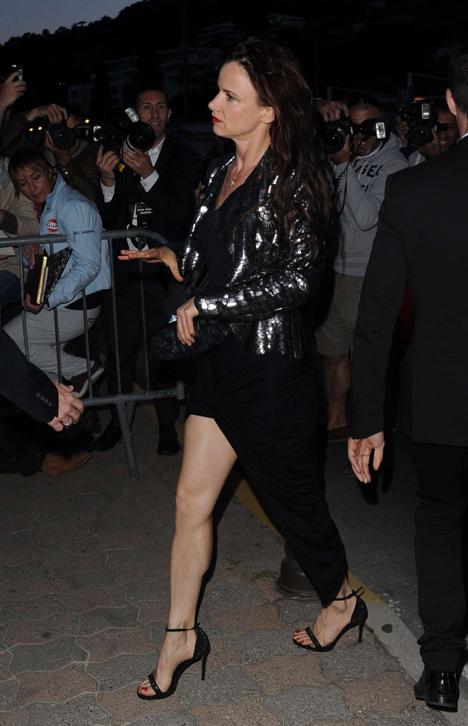 Juliette Lewis - Chanel Dinner Arrivals In Antibes