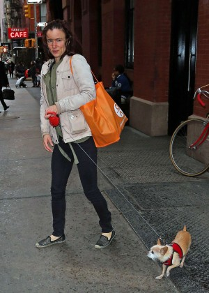 Juliette Lewis - Leaving her hotel with her dog in NYC