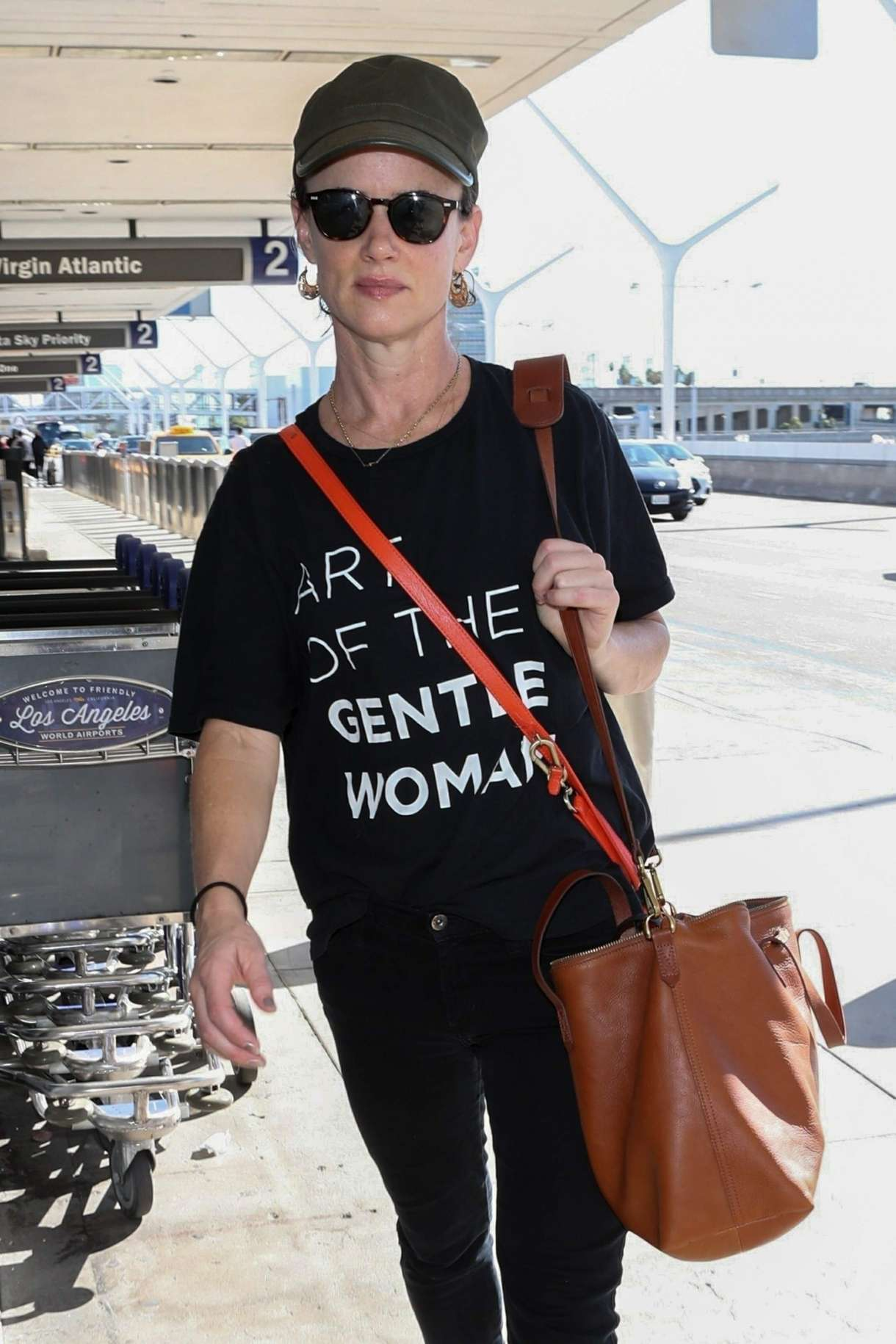Juliette Lewis – Seen at Los Angeles LAX
