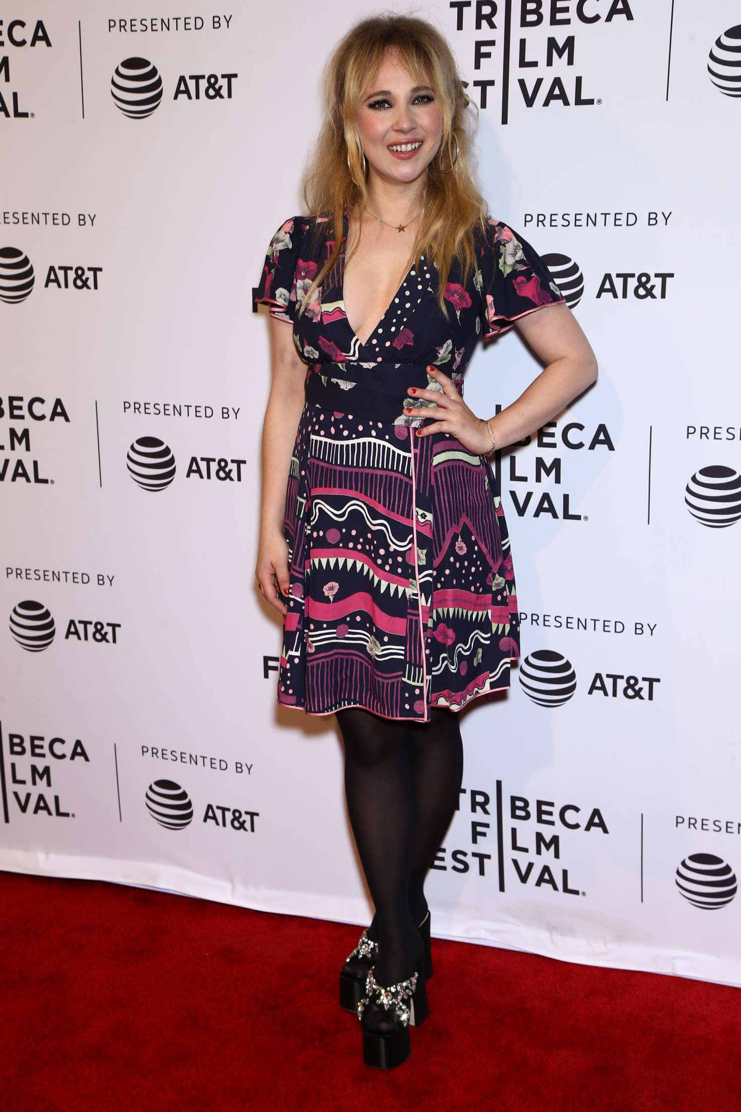 Juno temple one percent more humid premiere in nyc naked (48 photos), Tits Celebrites foto
