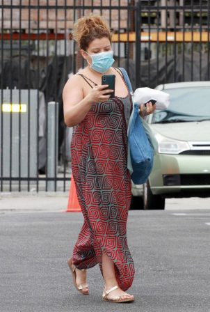 Justina Machado - Leaving dance practice at the DWTS studio in Los Angeles