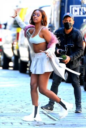 Justine Skye - Filming her new music video in New York