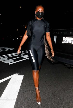 Justine Skye - Nigh out at The Nice Guy in West Hollywood