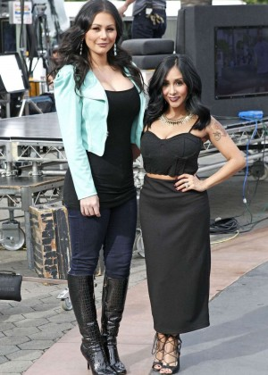 JWoww and Snooki on the Set of Extra in Universal City